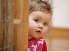 Главные особенности развития ребенка в 13 месяцев