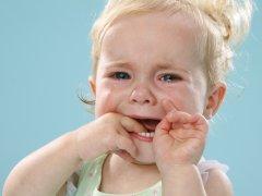 Болячка в углу рта как причина забить тревогу о здоровье ребенка