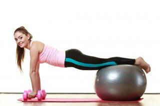 Эффективные упражнения после рождения ребенка