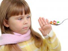 В чем заключается вред антибиотиков для детей?