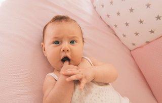 что умеет делать ребенок в 4 месяца