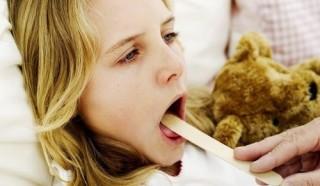 Можно ли полоскать горло содой ребенку 3 года thumbnail