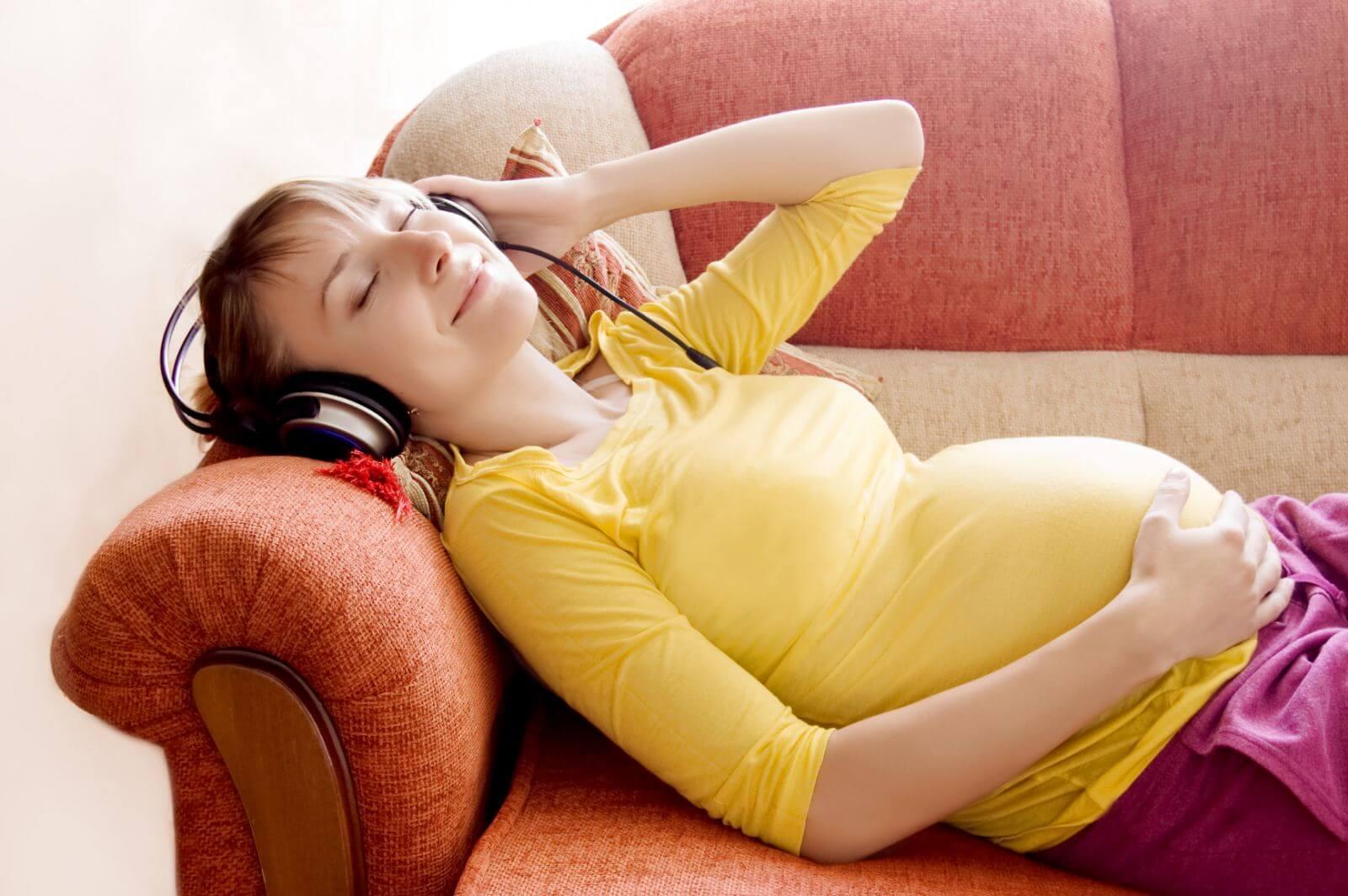 Классическая музыка для беременных: влияние на будущего ребенка
