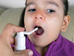 Спрей для горла для детей до года: ассортимент