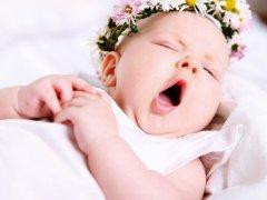 Почему новорожденный не спит днем: причины, следствия и методы устранения отсутствия дневного сна