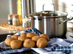 Все о пользе картофеля в борьбе с признаками простуды: как дышать над картошкой при кашле